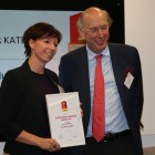 austrian-retail-innovation-award-2016-austrian-business-woman-karin-stopa-stephan-mayer-heinisch-copyright-iq-mobile